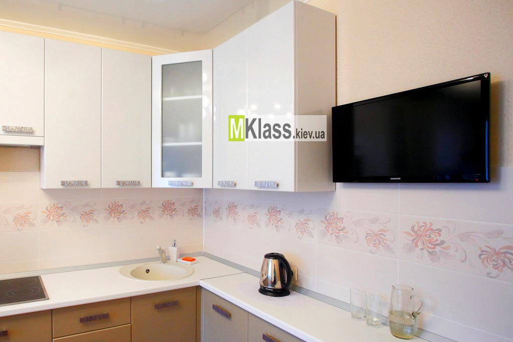 2704 - Меблі для кухні на замовлення