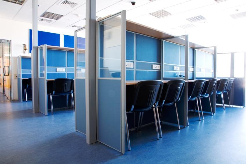 mobilnie peregorodki tipe call centre 001 - Мобильные офисные перегородки